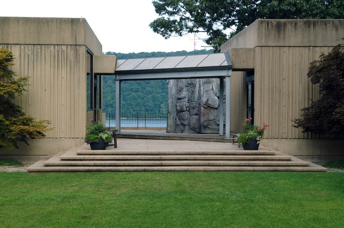 Unnecessary Memorial: Palisade II
